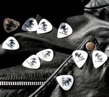 Pearlized Guitar Picks